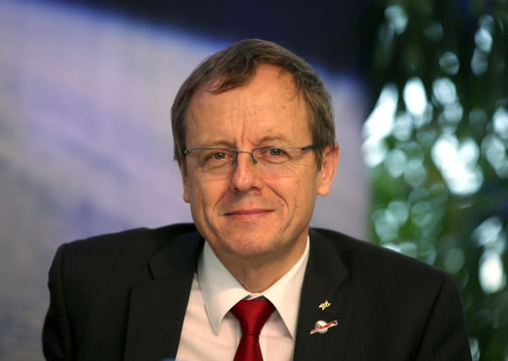 Johann-Dietrich Wörner will become general director of the European Space Agency on July 1.
