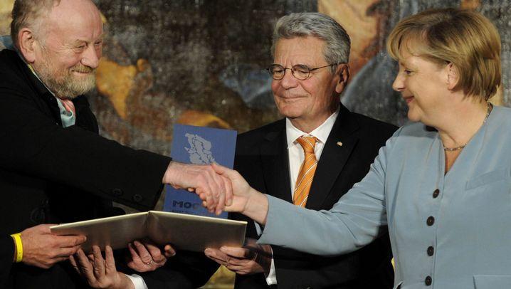 Medienpreis für Westergaard: Späte Ehre für verfemten Karikaturisten