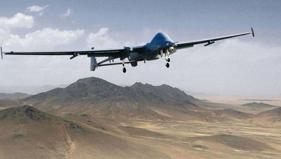 """Heron-Drohne: Wenig """"politische und gesellschaftliche Akzeptanz"""" für zivile Flüge"""