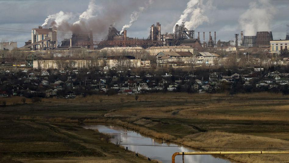 Stahlfabriken in Mariupol: Produktion in der Ostukraine fast zum Erliegen gekommen