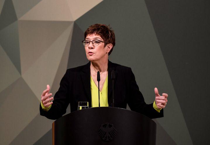 CDU-Chefin Kramp-Karrenbauer: tiefe Risse in der Partei