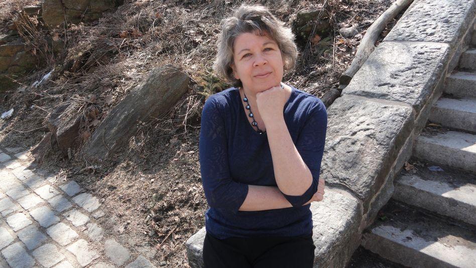 Die amerikanische Schriftstellerin Meg Wolitzer, 55, legt einen epischen Roman übers Erwachsenwerden vor.