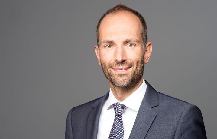 Zur Person: Jürgen Michael Schick (50) ist seit 30 Jahren Makler und Präsident des Immobilienverbands Deutschland (IVD) mit rund 6000 Mitgliedsunternehmen.