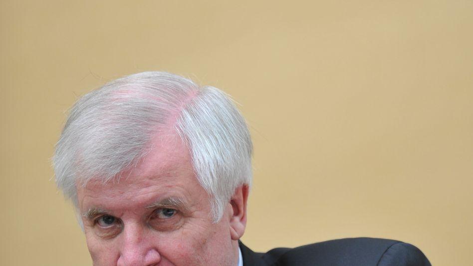 Bayerns Ministerpräsident Seehofer (im Landtag): Explosive Situation