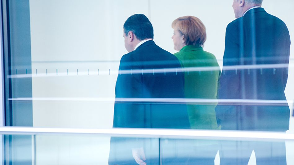 Turning their backs on reforms? Sigmar Gabriel, Angela Merkel and Horst Seehofer are the heads of the parties in the next German government.