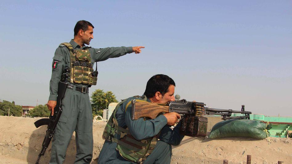 Afghanische Regierungstruppen in Kunduz: Die Taliban kontrollieren rund die Hälfte der 400 Bezirke im Land