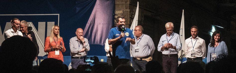 Innenminister Salvini auf Lega-Kundgebung in La Spezia: Weg mit den Neinsagern