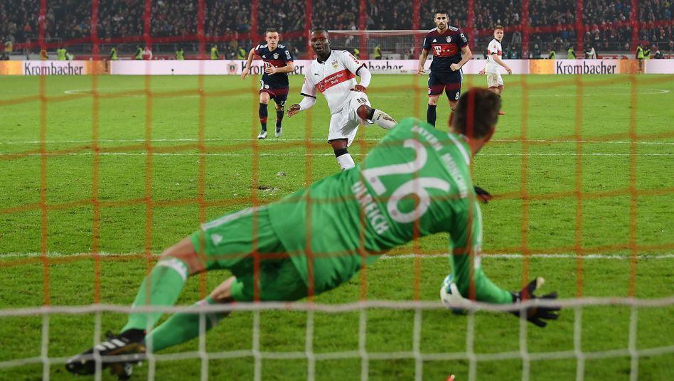 Stuttgarts Akolo scheitert an Keeper Ulreich