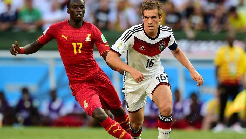 Nationalspieler Lahm: Bei der WM weiter auf der Sechs