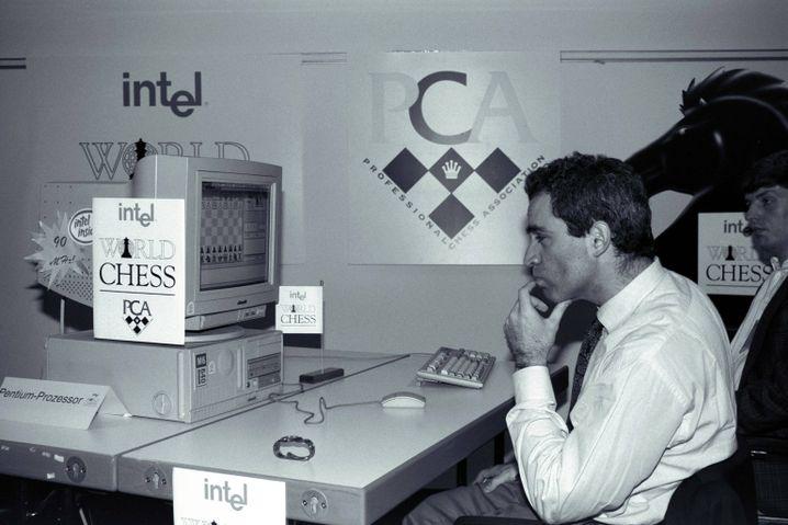 Weltmeister Kasparow gegen Schachprogramm Fritz (1994)
