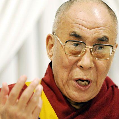 """Der Dalai Lama bei einer Pressekonferenz in Tokio: """"Ich unterstütze die chinesischen Gastgeber"""""""