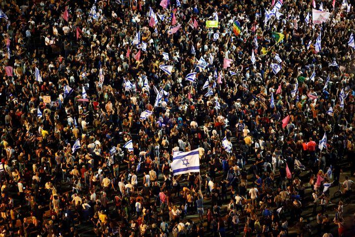 Israelis feierten vergangene Woche in Jerusalem das Ende der Amtszeit von Premier Netanyahu