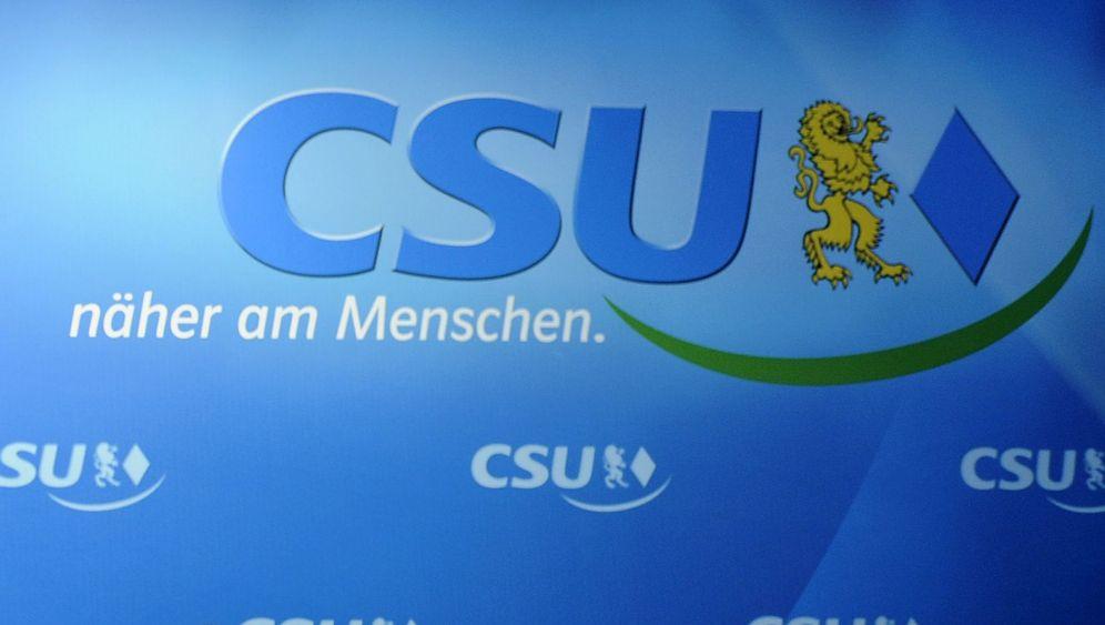 CSU: Mails, Macht, Misstrauen