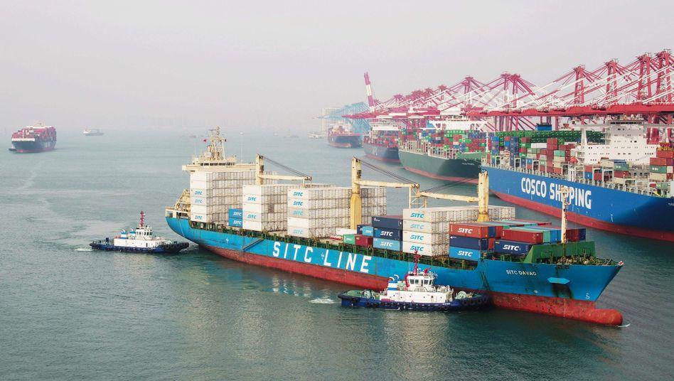 """Hafen von Qingdao: """"China stehen noch einige Möglichkeiten offen, Vergeltung zu üben."""""""