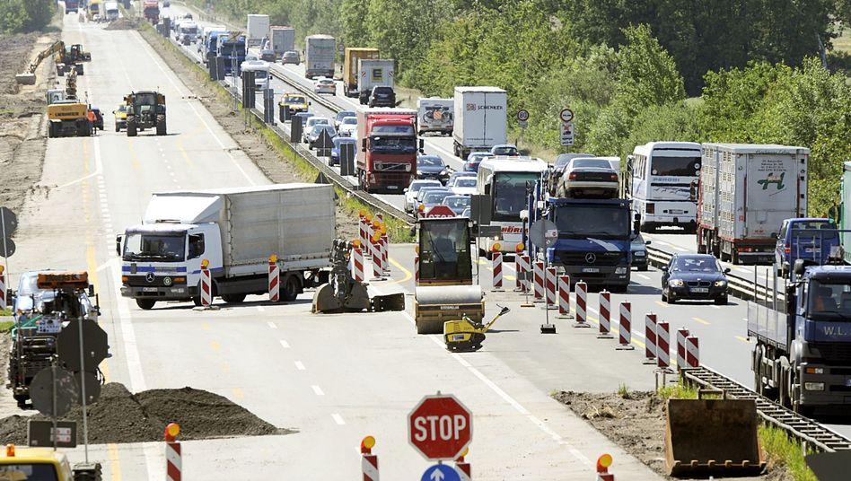 Privat finanzierter Ausbau der Autobahn A1: Pannen, Dauerstau und hohe Kosten
