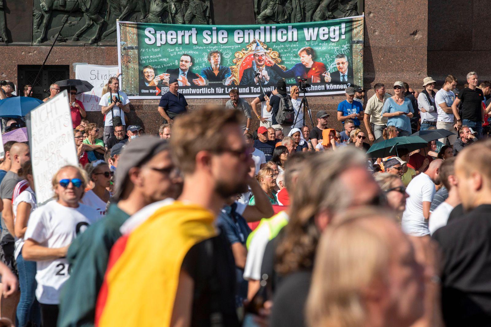 Deutschland, Berlin, Anti Corona Demonstration, Straße des 17.Juni, Siegessäule, 29.08.2020 *** Germany, Berlin, Anti C