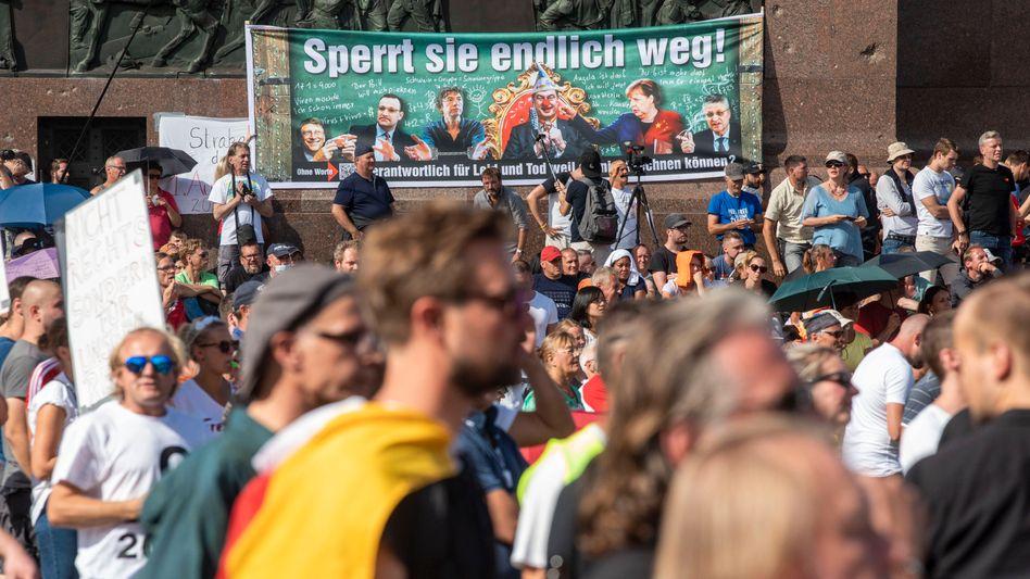Demonstration vor der Siegessäule, 29.8.2020