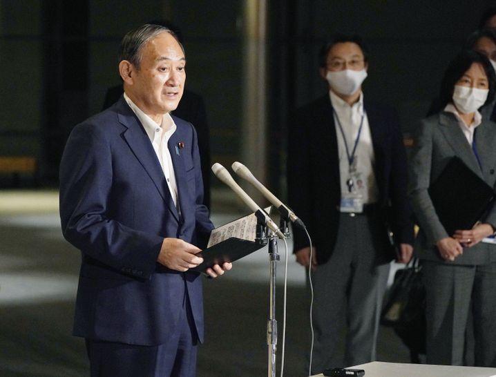 Wegen der Kritik an seiner Coronapolitik hat Regierungschef Yoshihide Suga vor wenigen Wochen seinen Rücktritt angekündigt