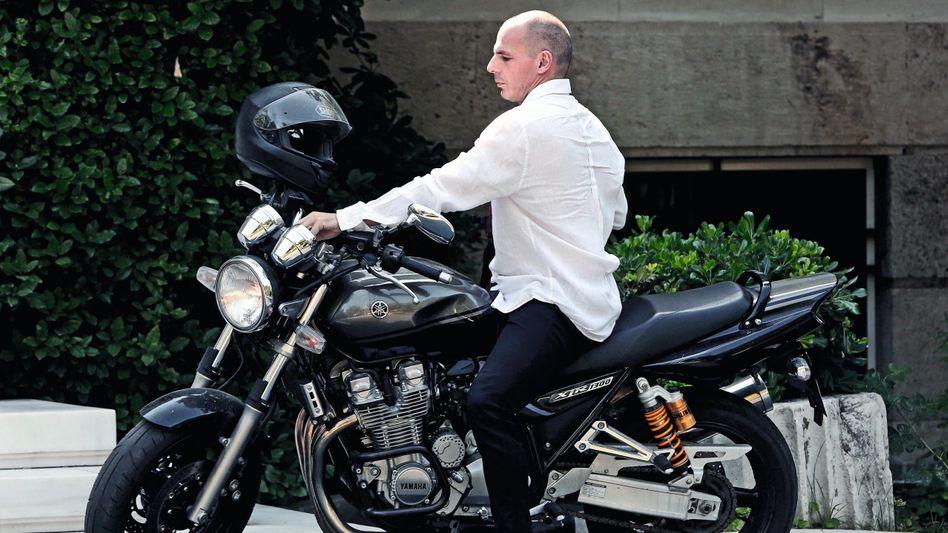 """Unterhändler Varoufakis in Athen 2015:""""Einige dachten, du kämst mit dem Motorrad"""""""