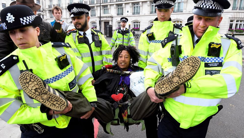 Extinction Rebellion: The New Face of Mass Civil Disobedience