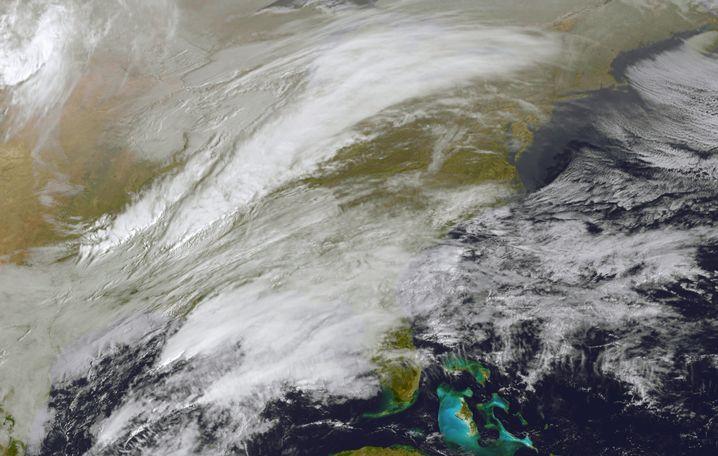 Satellitenbild des nahenden Sturms