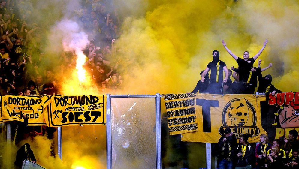 Bundesliga: Dortmund souverän, Bayern mit Mühe