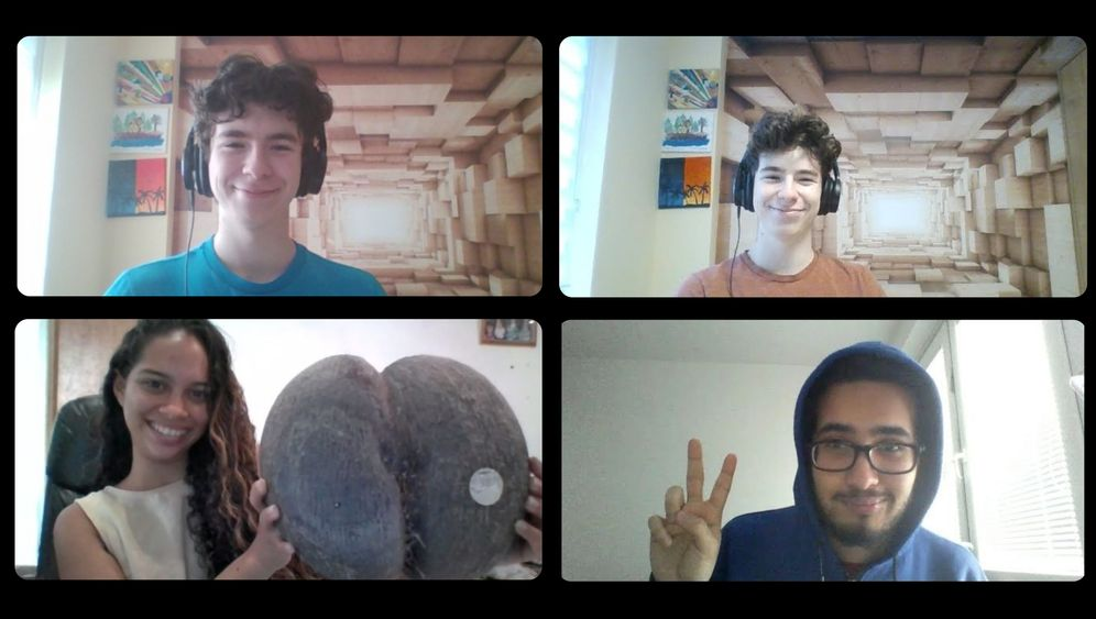Marcel Roizman im Videochat mit Alvania und Ameer