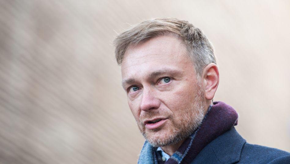 FDP-Vorsitzender Christian Lindner: »Bund und Länder dürfen nicht noch einmal flächendeckend Millionen Familien im Stich lassen«