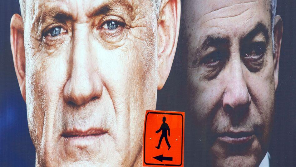 Wahlplakat mit Benny Gantz (l.) und Benjamin Netanyahu
