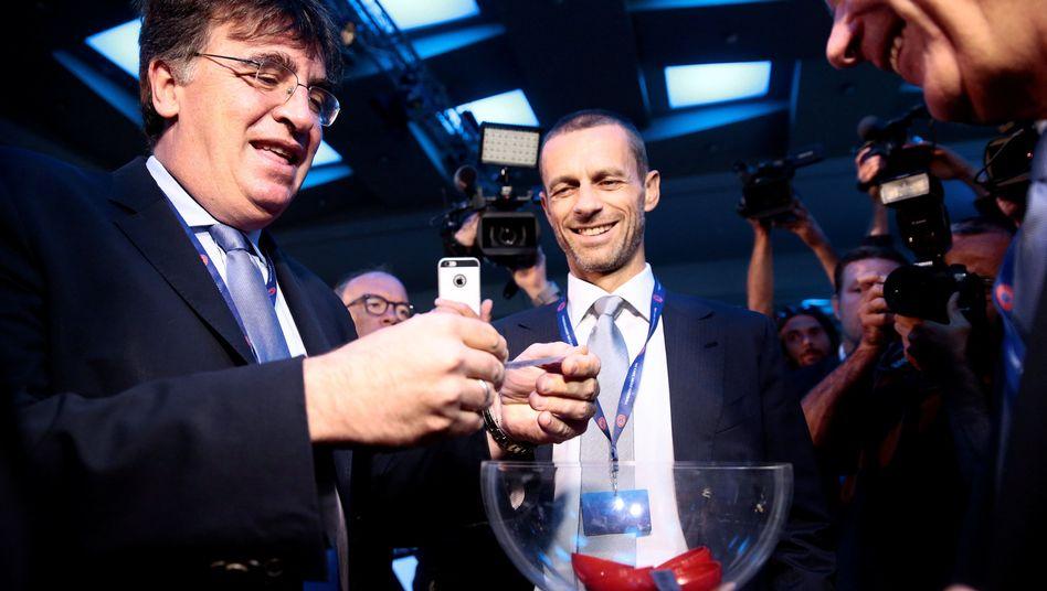 Präsidentschaftskandidat Ceferin (Mitte)