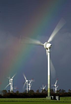Windräder bei Cuxhaven: Bei Flaute ist die Ausbeute gleich Null