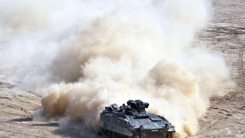 """Panzer des Typs """"Marder"""" in Masar-i-Sharif (Archivbild): Sprengsatz tötet Deutschen"""