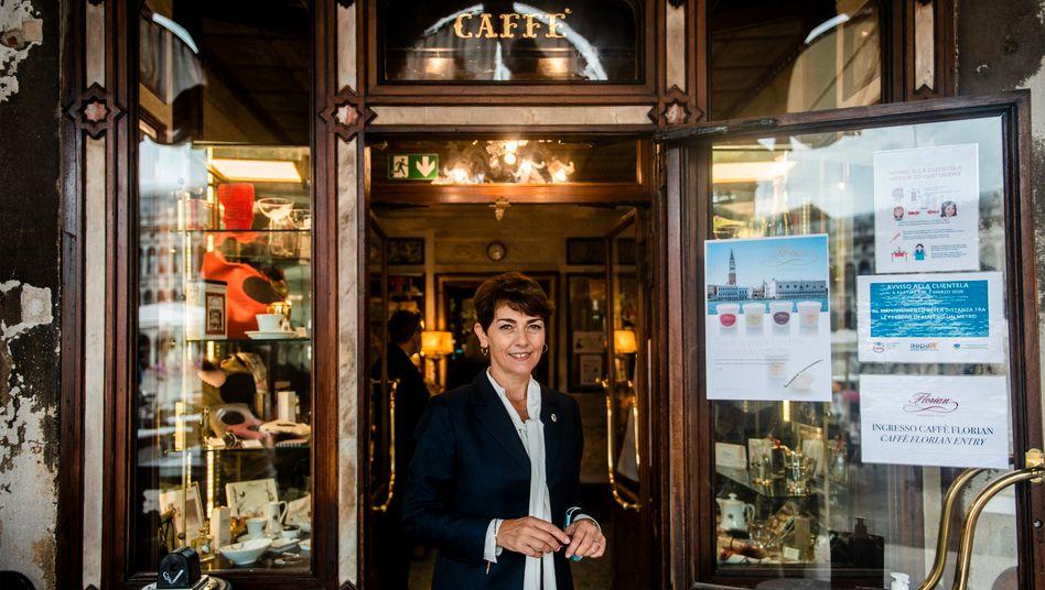 Anna Rita Panebianco ist Managerin im Caffè Florian an der Piazza San Marco