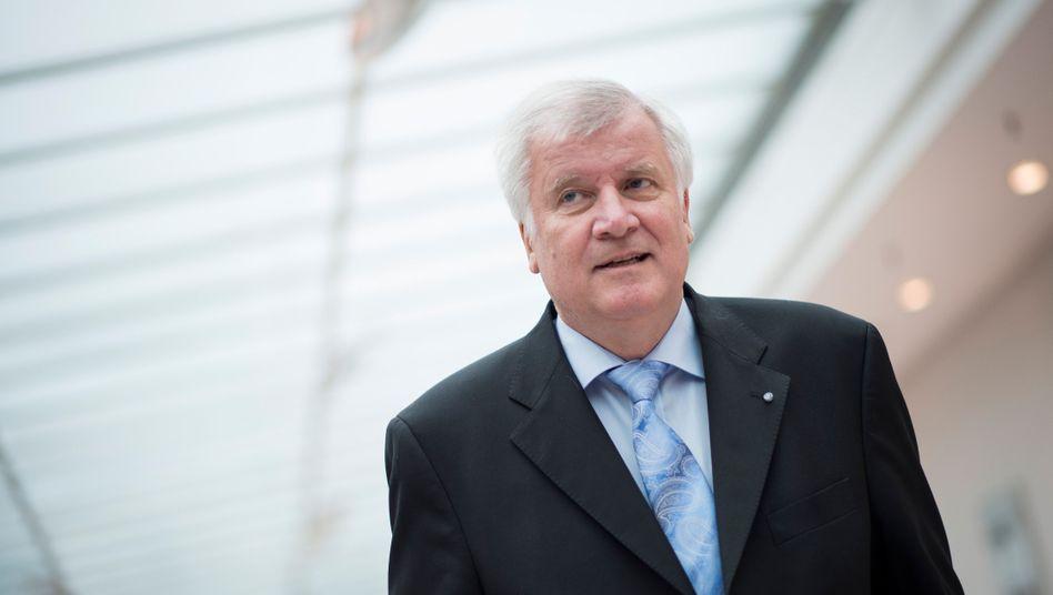 """CSU-Chef Seehofer: """"So viel Freiheit wie möglich"""""""