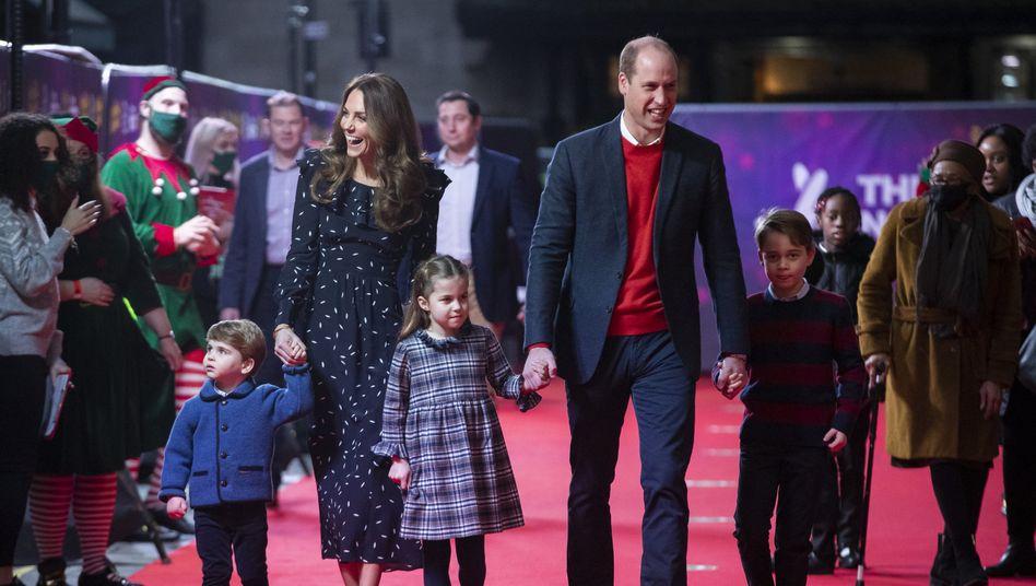 Prinz William geht mit seiner Familie ins Palladium-Theater: Würdigung von systemrelevanter Arbeit