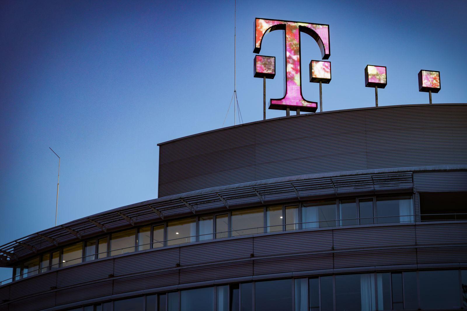 New Digital T-logo Sign Installed On Deutsche Telekom's HQ