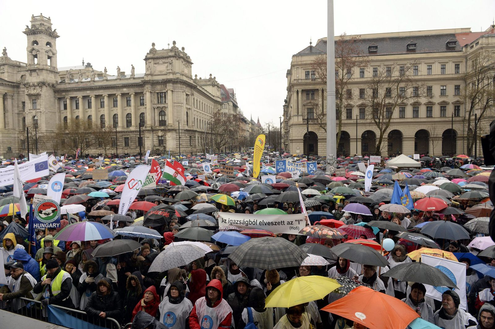 Ungarn / Protest / Bildung /