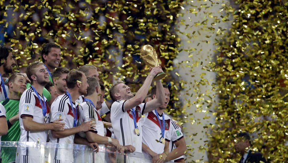 """Jubelnde Nationalspieler: """"Reifster Fußball im ganzen Turnier"""""""