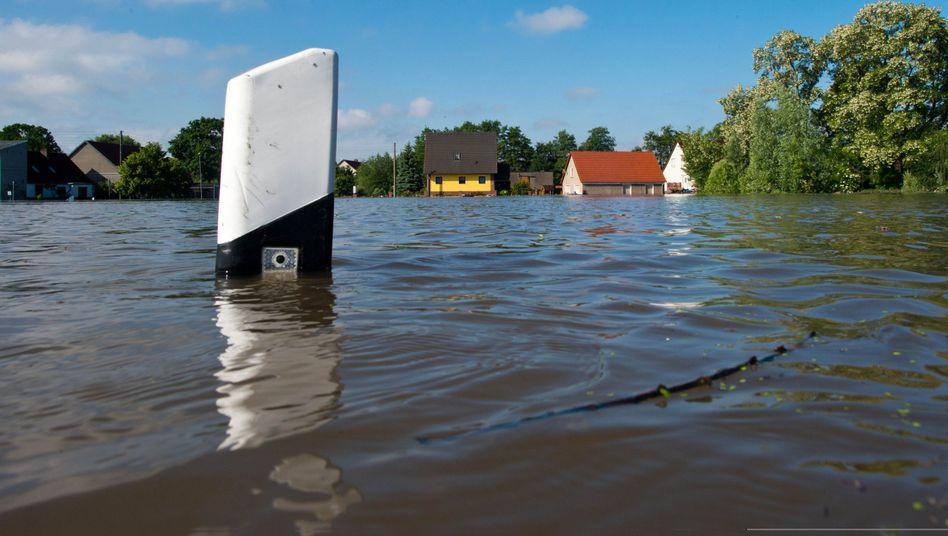 Überflutung an der Elbe: Wer will schon gern Verantwortung übernehmen?