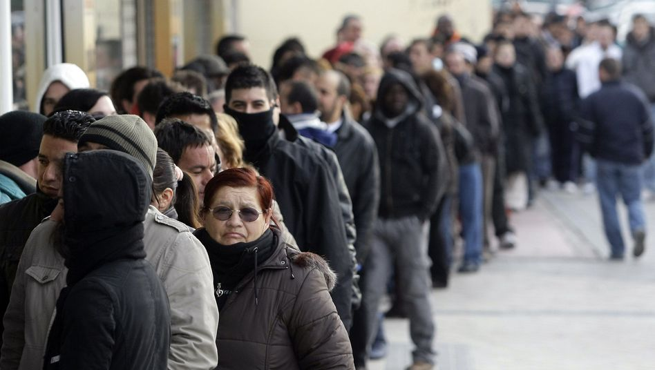 Arbeitsamt in Madrid: In Spanien sind vor allem viele Jugendliche ohne Job