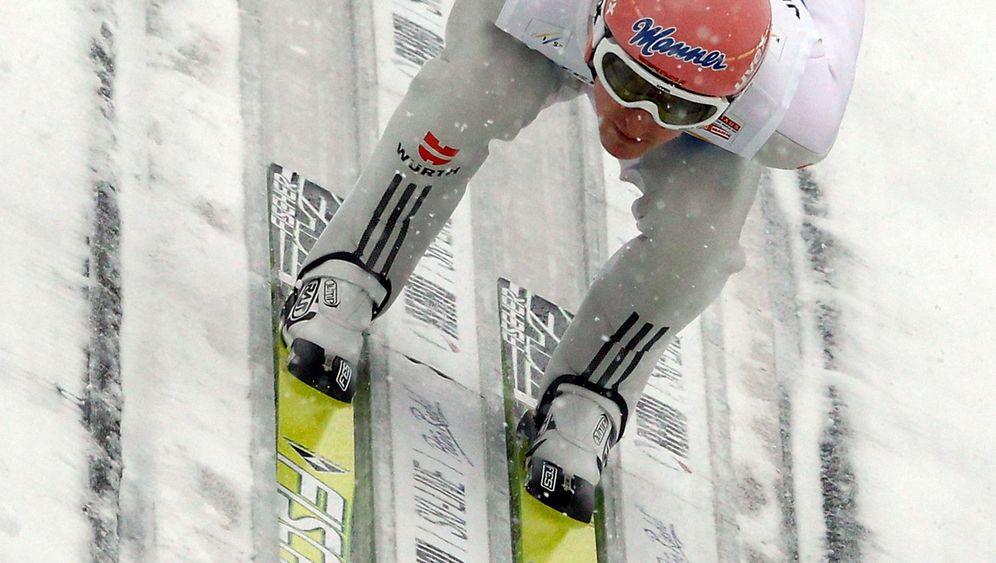 Skisprung-Winter: Deutsche Adler fliegen weit