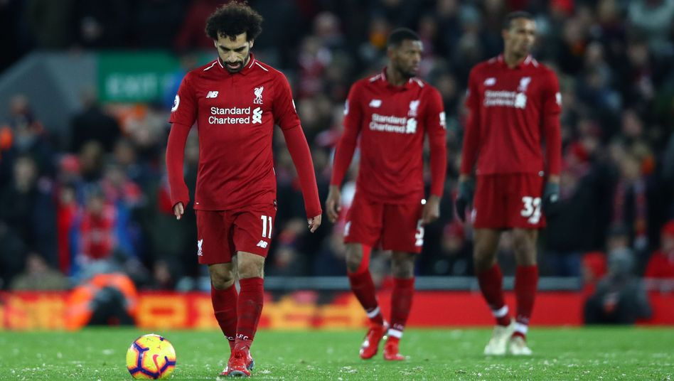 Mohamed Salah (l.) und seine Mitspieler sind frustriert
