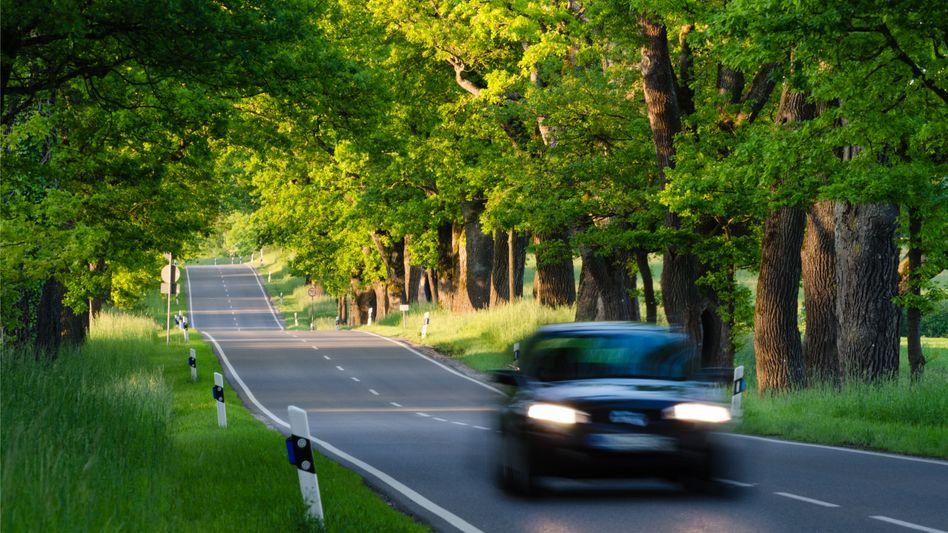 Unverzichtbares Transportmittel: Auf dem Land führt am Auto oft kein Weg vorbei – aber muss es immer das eigene sein?