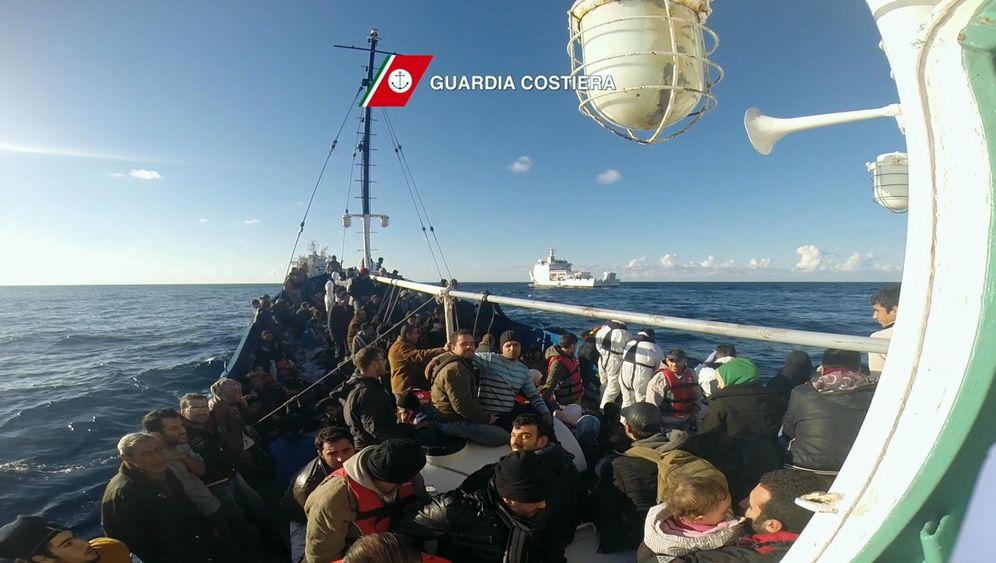Flüchtlinge: Europaticket via Facebook