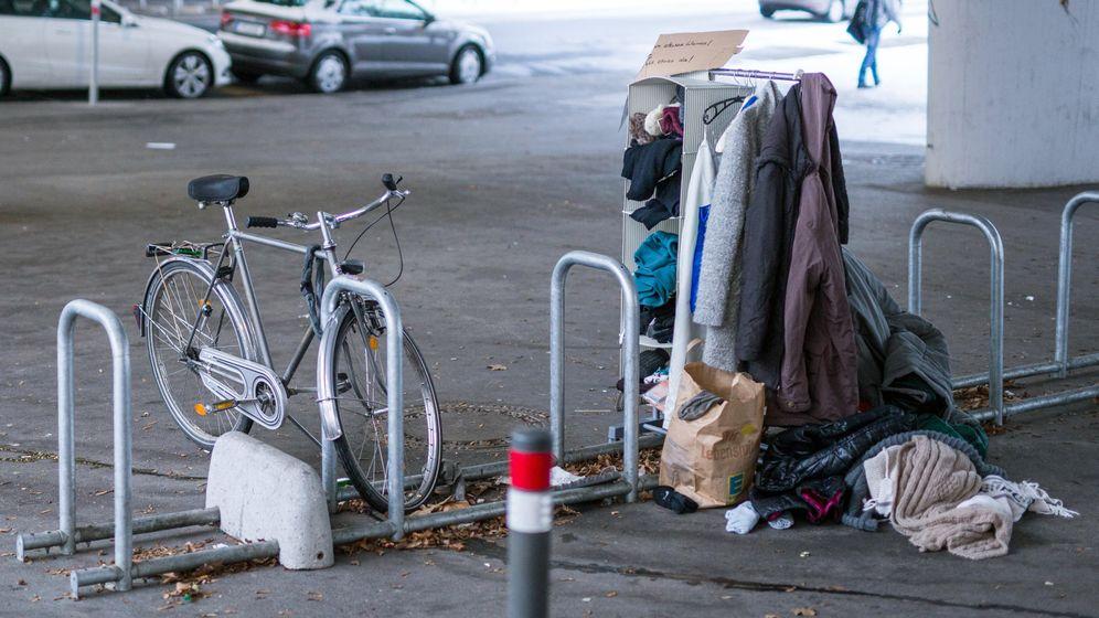 Stuttgart: Warme Kleidung für Bedürftige