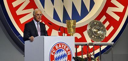 Bayern-Präsident Beckenbauer: Seine Redseligkeit stößt Manager Hoeneß übel auf