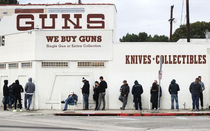 Waffenladen in Culver City: Die Stimmung ist unfreundlich bis grimmig