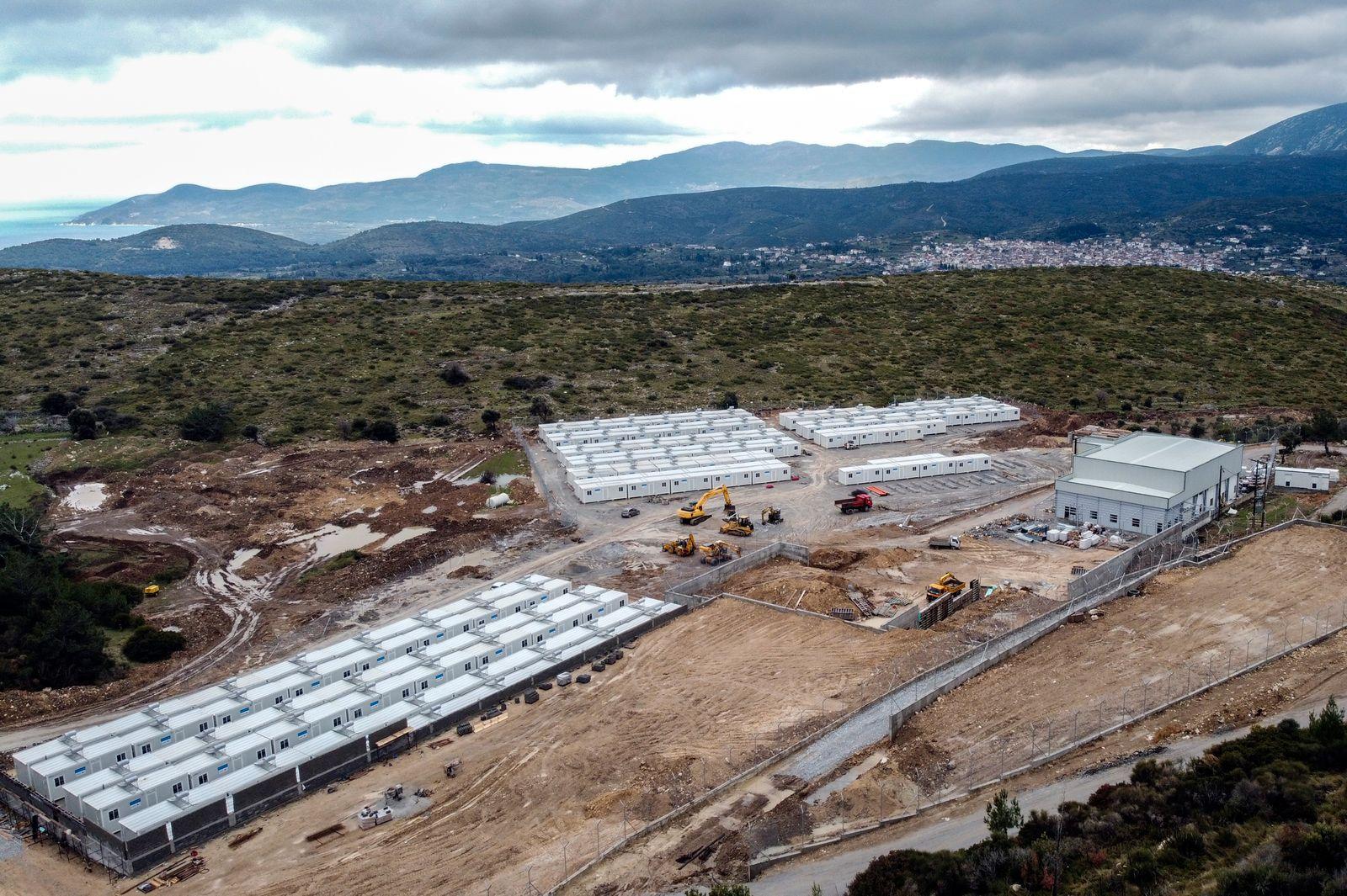 Migranten in Griechenland - neues Flüchtlingslager auf Samos