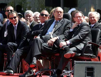 Präsident Chirac (links), EADS-Chef Forgeard: Steigt Daimler aus?