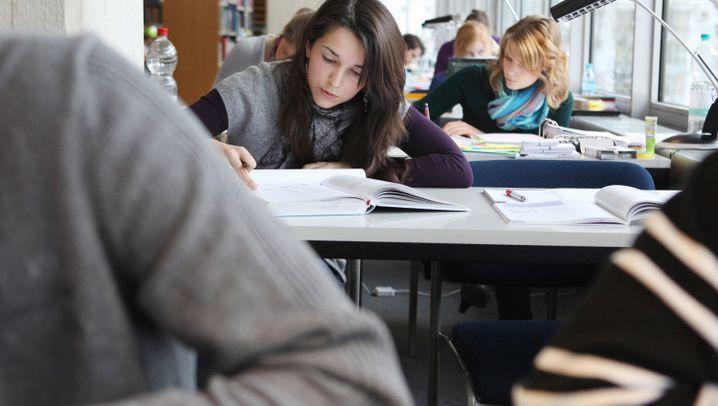 Studentenvermessung 2010 Warum Studieren Ein Knochenjob Ist Der
